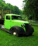 Caminhão do vintage Fotos de Stock Royalty Free