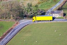 Caminhão e reboque do caminhão Imagem de Stock Royalty Free