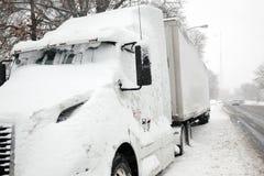 Caminhão estacionado Fotos de Stock