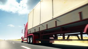 Caminhão grande em uma estrada
