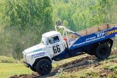 Caminhão na curvatura da rota dos esportes Foto de Stock Royalty Free