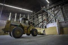 Caminhão na indústria de Ricemill foto de stock royalty free