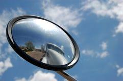 Caminhão no espelho Fotos de Stock Royalty Free