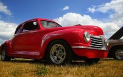 Caminhão vermelho do vintage fotos de stock