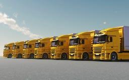 Caminhões amarelos estacionados Imagem de Stock Royalty Free