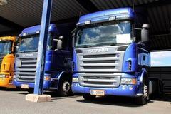 Caminhões de Scania no Carport Imagem de Stock
