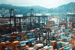 Caminhões portuários da logística imagem de stock royalty free