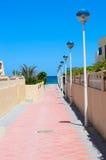 Caminhada ao mar Fotografia de Stock Royalty Free