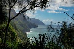 Caminhada da costa de Napali foto de stock royalty free
