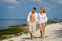Caminhada da praia fotografia de stock royalty free