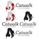 Caminhada de gato Imagens de Stock
