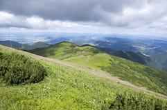 Caminhada de Ridge, montagem Maly Krivan a Chleb, Lesser Fatra, Eslováquia Imagens de Stock Royalty Free