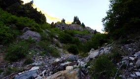 Caminhada de Utá Timelapse das quedas de Lost Creek video estoque