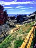 Caminhada do anfiteatro das rochas do vermelho imagens de stock