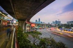 A caminhada do céu de Victory Monument em Banguecoque, Tailândia fotografia de stock