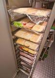 Caminhada do restaurante no refrigerador foto de stock