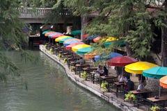Caminhada do rio Fotografia de Stock Royalty Free
