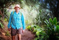 Caminhada em Havaí fotos de stock royalty free