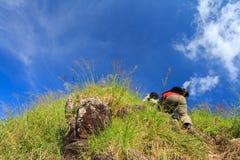 Caminhando a montanha Foto de Stock