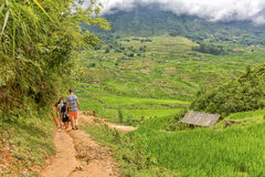 Caminhando no Pa do Sa, Vietname fotografia de stock royalty free