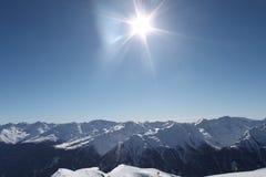 Caminhando o trajeto nos alpes julianos Imagem de Stock