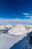 Caminhando o trajeto nos alpes julianos imagem de stock royalty free