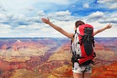 Caminhante da montanha da mulher no Grand Canyon Imagem de Stock