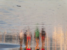Caminhantes da praia Fotografia de Stock Royalty Free