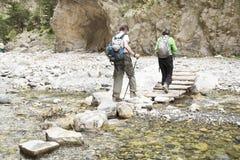 Caminhantes em Samaria Gorge foto de stock