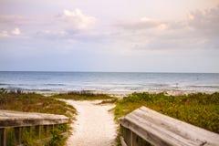 Caminho da praia da ilha de Sanibel Imagens de Stock Royalty Free