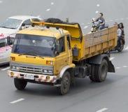 Caminhão de lixo Fotos de Stock
