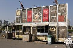 Caminhão do alimento do BBQ de Somkin Imagem de Stock Royalty Free