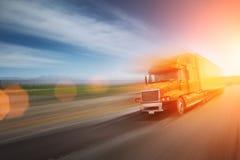 Caminhão na autoestrada Imagens de Stock