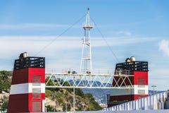 Camini di una nave da carico nel porto di Barcellona Fotografia Stock Libera da Diritti