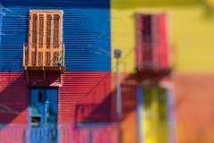 Caminito的明亮的颜色在Buenos亚耳拉博卡邻里  免版税库存图片