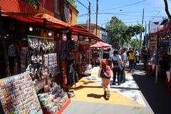 Caminito, одна из самых известных улиц в квартальном Ла Boca в Буэносе-Айрес ареальных стоковые фотографии rf