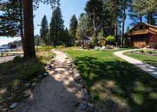 Camino, área residencial del lago Tahoe Fotos de archivo libres de regalías
