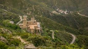 Camino al castillo Imágenes de archivo libres de regalías