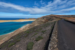 Camino al del Río, Lanzarote de Mirador imagen de archivo