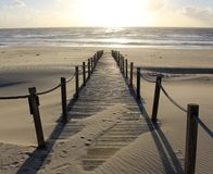 Camino al mar hacia el sol Fotografía de archivo