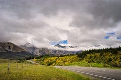 Camino al paso del ` s de Arturo, Nueva Zelanda Imagen de archivo