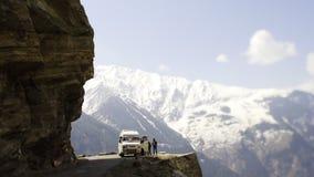 Camino al pueblo de Kalpa almacen de metraje de vídeo