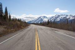 Camino al rango de Alaska Imagen de archivo libre de regalías