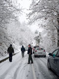 Camino bloqueado por la nieve Imagenes de archivo