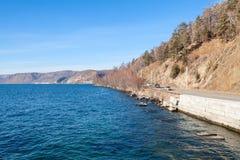Camino cerca del lago Baikal Fotos de archivo
