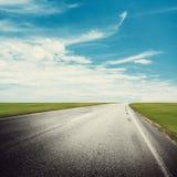 Camino claro de la carretera imágenes de archivo libres de regalías