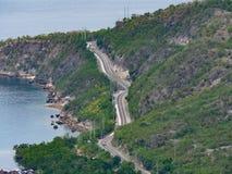 Camino costero en Mindanao, las Filipinas fotografía de archivo libre de regalías