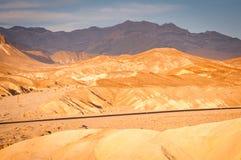 Camino de Death Valley imagenes de archivo