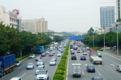 Camino de 107 estados, Shenzhen, sección de Baoan del paisaje del tráfico Imágenes de archivo libres de regalías