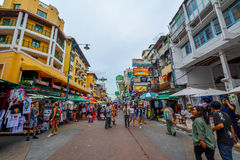 Camino de Khao San en Bangkok, Tailandia Fotografía de archivo libre de regalías